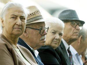 Οι ανασφάλιστοι ηλικιωμένοι που δικαιούνται το επίδομα των 360 ευρώ