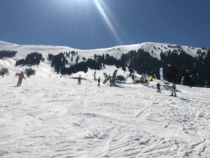 Όμορφες ανοιξιάτικες μέρες στο Χιονοδρομικό Κέντρο Καλαβρύτων (pics)