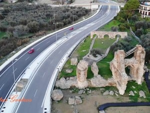 Ρωμαϊκό Υδραγωγείο Πάτρας - Ένα έργο του 2ου αιώνα μ.Χ., μέσα από τα 'μάτια' ενός drone (video)
