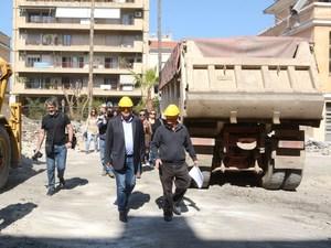 Πάτρα - Ο Κώστας Πελετίδης επισκέφθηκε το Παλαιό Αρσάκειο και το κτίριο της Μανιακίου (φωτο)