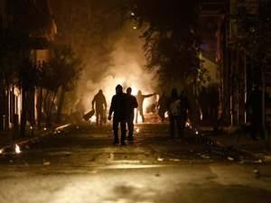 Εξάρχεια: Έπεσαν πυροβολισμοί στη μέση του δρόμου - Εξαφανισμένη η ΕΛ.ΑΣ.