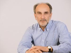 Απ. Κατσιφάρας: 'Δεν υπάρχουν χρώματα και διαχωριστικές γραμμές παρά μόνο ανοικτές πόρτες'