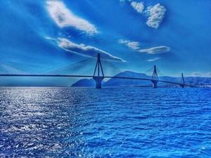 Χαζεύοντας το απέραντο γαλάζιο της θάλασσας και του ουρανού, στην Πάτρα! (φωτο)
