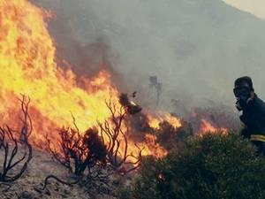 Yψηλός ο κίνδυνος πυρκαγιάς την Τρίτη σε Αχαΐα και σε περιοχές της Ηλείας