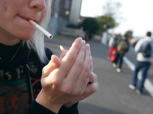 Υπουργείο Παιδείας - Βάζει μπροστά την επιχείρηση «τσιγάρο τέλος στα σχολεία»