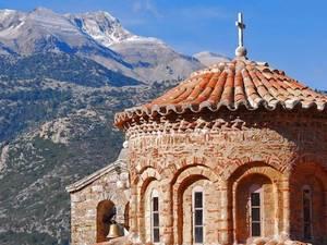 'Εκκλησία διαλεγόμενη, εκκλησία εγκλωβισμένη'