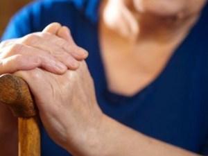 Τρόμος για ηλικιωμένη γυναίκα σε χωριό της Αχαΐας
