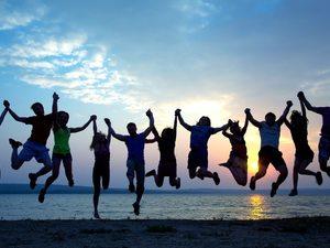 Αυτοί είναι οι 10+1 τύποι που θα συναντήσεις στον αμμόλοφο της Καλόγριας!