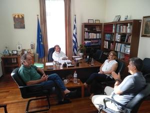 Με τα μέλη του Ιατρικού Συλλόγου Αιγίου συναντήθηκε ο Δημήτρης Καλογερόπουλος