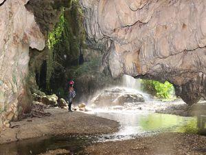 Σπηλιά νυχτερίδας dating