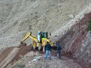 Πάτρα: Συνεχίζονται οι εργασίες διάνοιξης αγροτικού δρόμου προς το όρος Παναχαϊκό