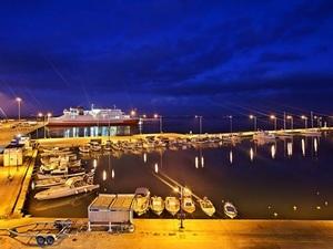 Καταγγελία - Οδηγοί μπαίνουν 'φουριόζοι' και με ταχύτητα στο λιμάνι της Κυλλήνης