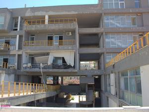 Το κτίριο 'φάντασμα' στο λιμάνι της Πάτρας είναι έτοιμο να καταρρεύσει - Τι θα γίνει;