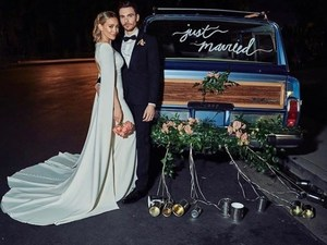 Παντρεύτηκε η Hilary Duff! (φωτο+video)