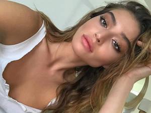 Η Daniela Lopez Osorio εντυπωσιάζει με την εμφάνισή της (pics)
