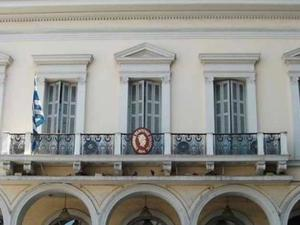 Εμπορικός Σύλλογος Πάτρας: 'Κλείστε τα καταστήματα την Κυριακή'