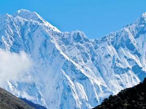 Αγνοούνται 7 ορειβάτες έπειτα από χιονοστιβάδα στα Ιμαλάια