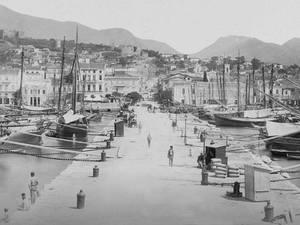 Πάτρα - Στο μόλο της Αγίου Νικολάου το 1895!