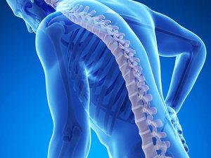 Οι τρεις κινήσεις που κρατούν μακρυά την οστεοπόρωση