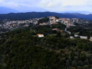 Παπαδάτου Αιτωλοακαρνανίας - Ένα χωριό χτισμένο πάνω σε βραχώδες ύψωμα (video)