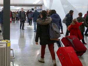 Αναστέλλονται οι εκπαιδευτικές εκδρομές προς Ιταλία με εντολή Κεραμέως