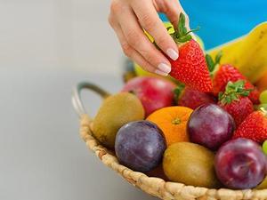 Τρώτε λιγότερα από τρία φρούτα την ημέρα; - Ποια διαταραχή σας απειλεί