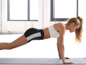 Γυμνάστε πλάτη, χέρια και στήθος σε δέκα λεπτά (video)