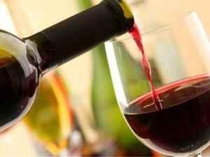 Παχαίνει το κρασί; - Tι απαντούν οι ειδικοί
