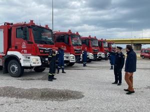 Έφτασαν τέσσερα νέα οχήματα για τις πυροσβεστικές δυνάμεις στη Δυτική Ελλάδα