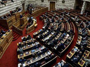 Βουλή - Εγκρίθηκαν οι ΠΝΠ με τα μέτρα για τον κορωνοϊό