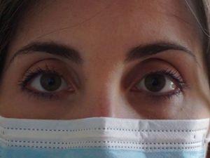 Μεγάλος κίνδυνος κορωνοϊού από τα μάτια