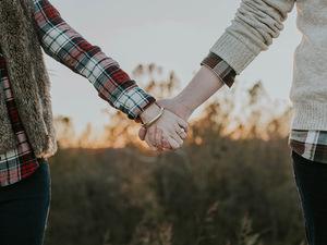 Γιατί όσοι είναι σε σχέση τους φλερτάρουν περισσότερο;