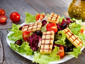 Οι μύθοι που πρέπει να σταματήσετε να πιστεύετε για την υγιεινή διατροφή