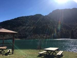 Ορεινή Αχαΐα: Οι συνθήκες κορωνοϊού στέλνουν κόσμο για διακοπές στο βουνό!