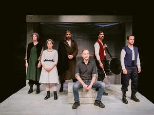 ΔΗΠΕΘΕ Πάτρας - Η εμβληματική παράσταση 'Γκόλφω' στο Αρχαίο Θέατρο της Αιγείρας