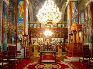 Εκκλησίες: Παρατείνονται μέχρι τις 21 Αυγούστου τα περιοριστικά μέτρα για τον κορωνοϊό