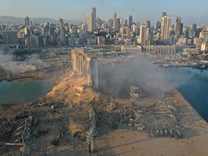 Βηρυτός: 100 νεκροί, χιλιάδες τραυματίες - Η έκρηξη ισοπέδωσε το λιμάνι (φωτο+βίντεο)