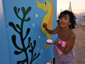 Φαντασία και τέχνη στις καμπίνες της Ελεύθερης Ακτής στο Ρίο της Πάτρας (φωτο)
