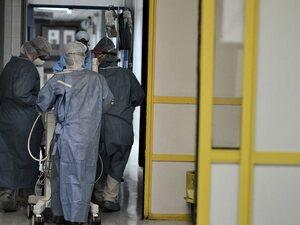 Κορωνοϊός: Μεγάλη η διασπορά - 51 νέες νοσηλείες σε λίγες ώρες