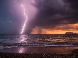 Η εντυπωσιακή εικόνα από τον Ιανό στο πέρασμά του από την Αχαΐα!