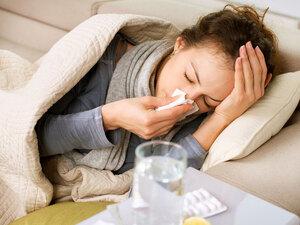 Πώς θα ξεχωρίσεις αν έχεις Covid-19, κοινό κρυολόγημα ή γρίπη
