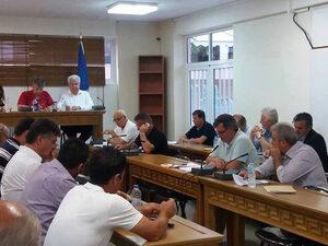 Ένταση και... ξύλο, στο Δημοτικό Συμβούλιο Δυτικής Αχαΐας
