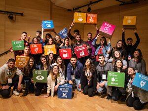 Γνώρισε διεθνείς επιχειρήσεις και οργανισμούς στο YouthSpeak Forum 2020!