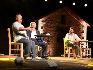 Πάτρα - Κέρδισε το κοινό η παράσταση 'Ως Πότε' (φωτο)