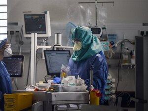 Κορωνοϊός: 438 νέα κρούσματα και 11 θάνατοι στη χώρα