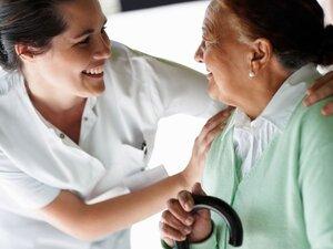 Πάτρα: Μεγάλη η σημασία της κατ' οίκον νοσηλείας στη μάχη με τον κορωνοϊό