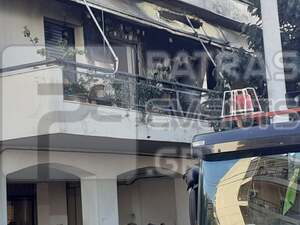 Πάτρα: Φωτιά σε διαμέρισμα στην Εγλυκάδα - Απεγκλωβίστηκαν δυο άτομα (φωτο)