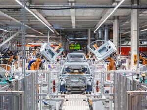 Τεράστια επενδυτική ευκαιρία για την Πάτρα η εγκατάσταση βιομηχανίας ηλεκτρικών αυτοκινήτων στη χώρα