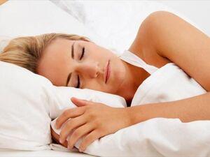 Τι μπορείτε να φάτε για να κοιμηθείτε καλύτερα