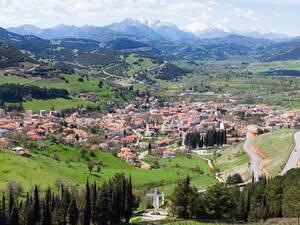 Καλάβρυτα - Η ορεινή κωμόπολη της Αχαΐας που σαγηνεύει (video)